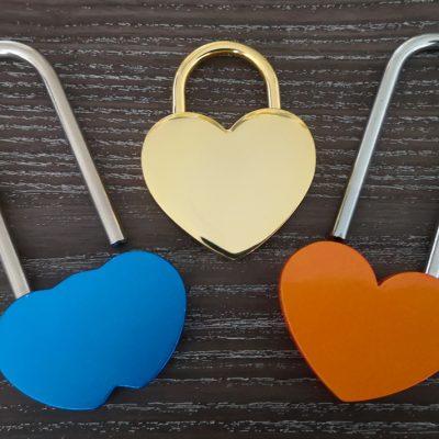 Love lock padlocks