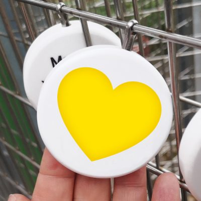 yellow heart leaves